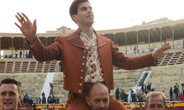 Pinar, a hombros en Utiel ante los victorinos
