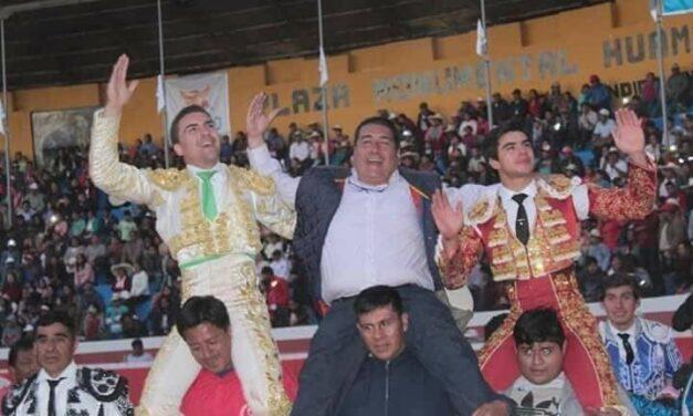 Triunfo de Octavio Chacón y Jesús Enrique Colombo en Huamachuco