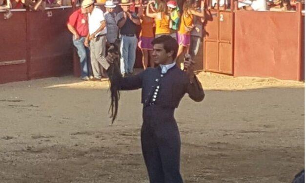 Éxitos de Colombo y Capea en el festival de Lumbrales