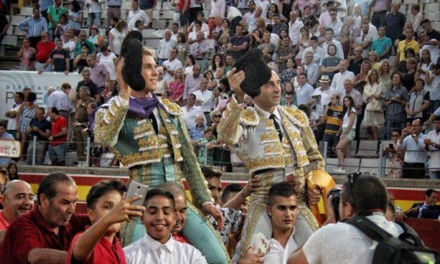 Palencia se rinde al toreo de Ginés Marín