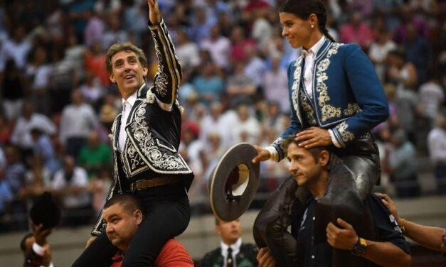 Pablo Hermoso y Lea Vicens, a hombros en el cierre de Logroño