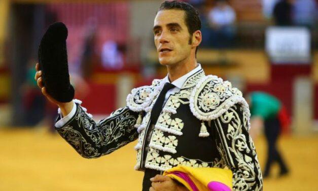 Sin trofeos en una larga corrida concurso en Zaragoza