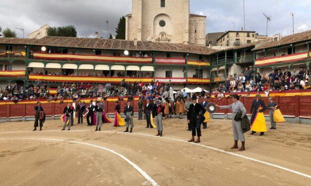 Mora, Cortés y Álvaro Chinchón, dos orejas cada uno en el festival de Chinchón