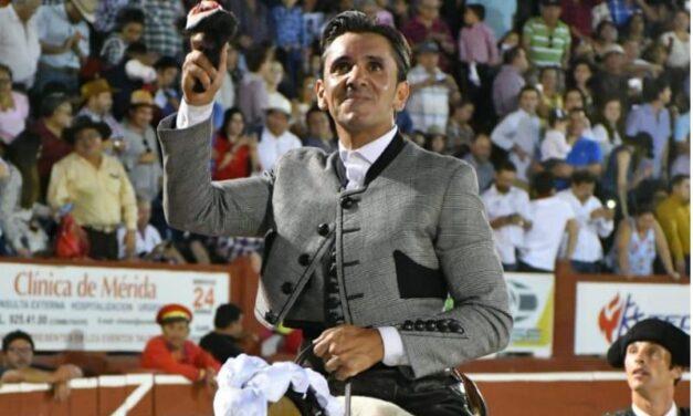 Diego Ventura llena y gusta en Mérida