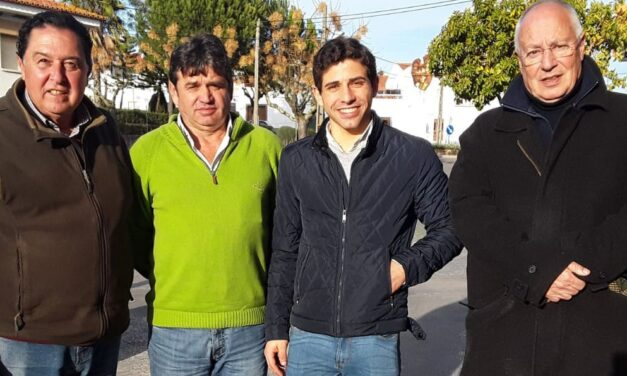 """Diogo Peseiro """"ficha"""" a Tomás Campuzano"""
