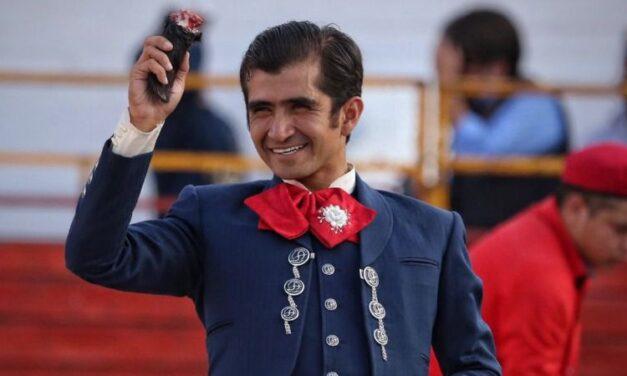 Joselito Adame y El Payo, oreja cada uno en Atengo