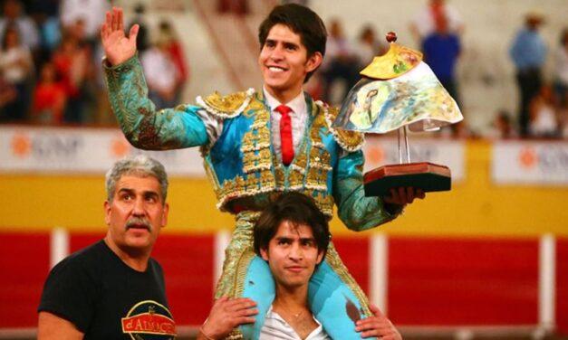 Juan Pedro Herrera, triunfador de la tarde en Aguascalientes