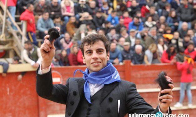 Alejandro Marcos, dos orejas en el festival de Ciudad Rodrigo