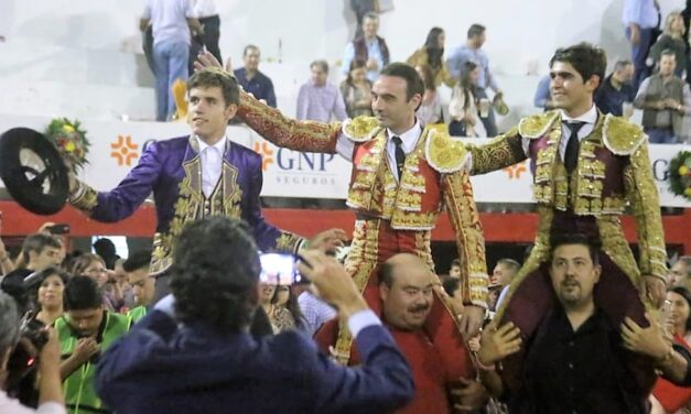 Guillermo Hermoso, Ponce y Gerardo Adame, a hombros en Monterrey