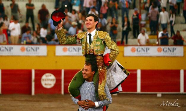 Miguel Aguilar triunfa en su debut en Aguascalientes