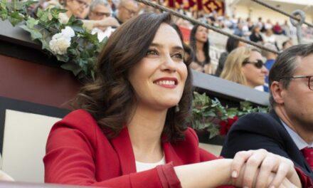 """Díaz Ayuso: """"Estamos considerando diversos escenarios para abordar una programación en Las Ventas"""""""
