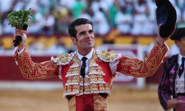 Emilio de Justo, triunfador en Huesca