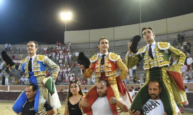El Cid, El Fandi y Miguel Ángel Perera, a hombros en San Sebastián de los Reyes