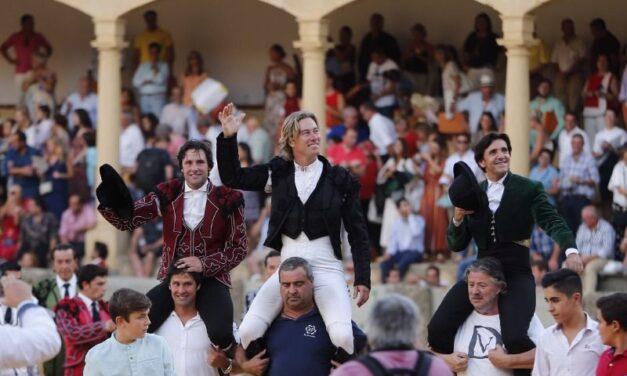 Gran tarde de toreo a caballo en Ronda