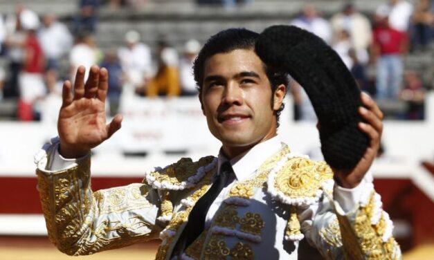 Diego San Román corta la única oreja en la novillada matinal de Dax