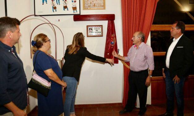 Juan Oliver, homenajeado en Alicante