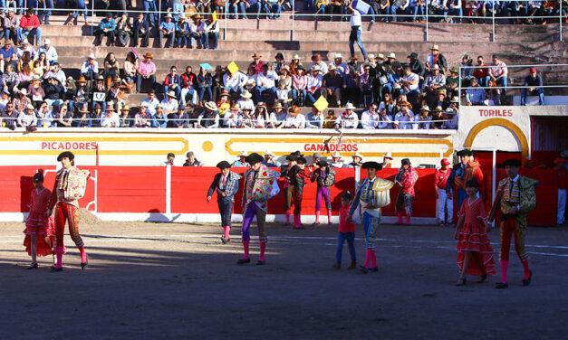 Festival charro en Encarnación de Díaz