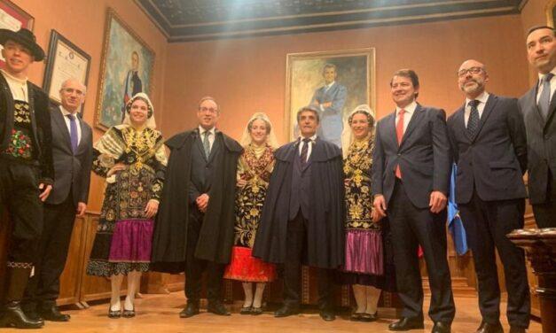 """Victorino Martín cita a Ciudad Rodrigo como """"ejemplo de tradición y defensa de las costumbres ancestrales"""""""