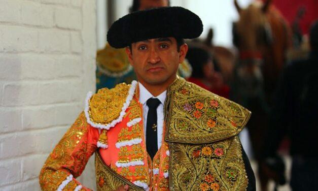 Joselito Adame por Enrique Ponce en Autlán de la Grana