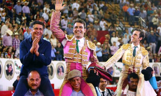 Arturo Macías y José Mauricio triunfan en Autlán