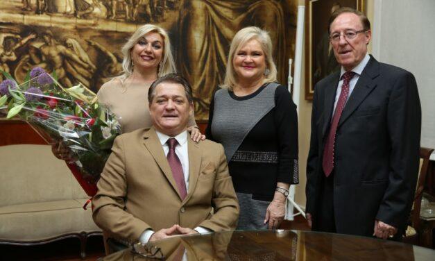 El Ateneo de Valencia entrega a El Soro el Trofeo Distinción Enrique Mora Guillén