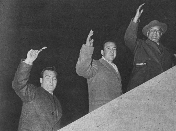 Chicuelo II, junto a su hermano Ricardo y el picador de su cuadrilla Pepe Díaz. Los tres perecieron en el accidente de avión.