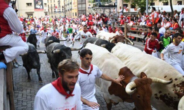 Navarra podrá celebrar encierros y vaquillas por las calles