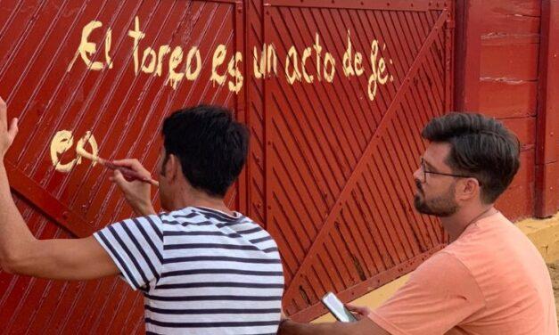 Salvador Vega, artista también con los pinceles