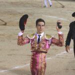Miguel Zazo, oreja en su debut con picadores