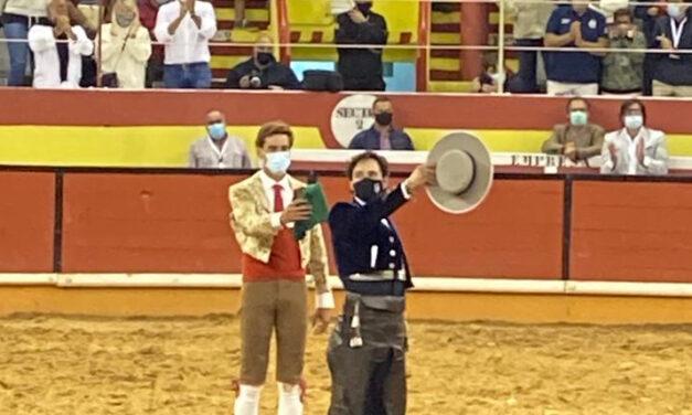 Rouxinol, Moura Jr. y Romero, noche de buen toreo a caballo en Nazaré