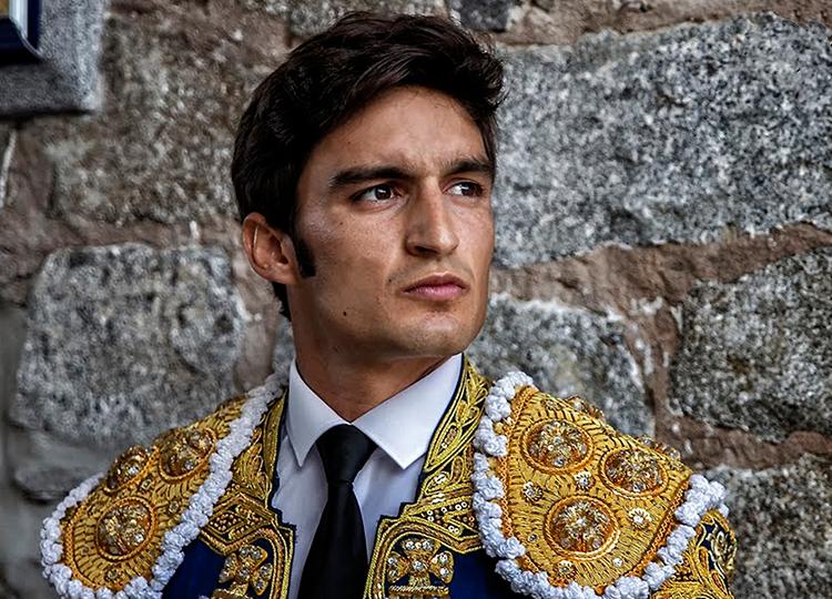 El novillero con picadores Carlos Jordán deja la profesión