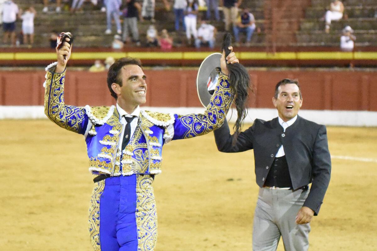 Salvador Cortés indulta a Envilecido, de Juan Pedro Domecq, en Andújar
