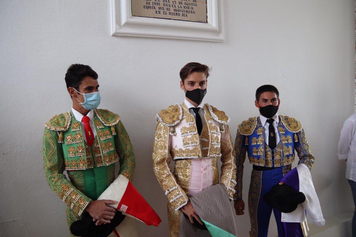 Gran novillada de Domínguez Camacho y triunfo de Cabrera y González-Écija