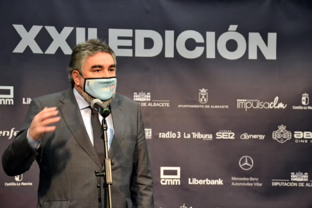 """Uribes tras las protestas: """"Estamos trabajando para que los más vulnerables de la tauromaquia tengan subsidio"""""""