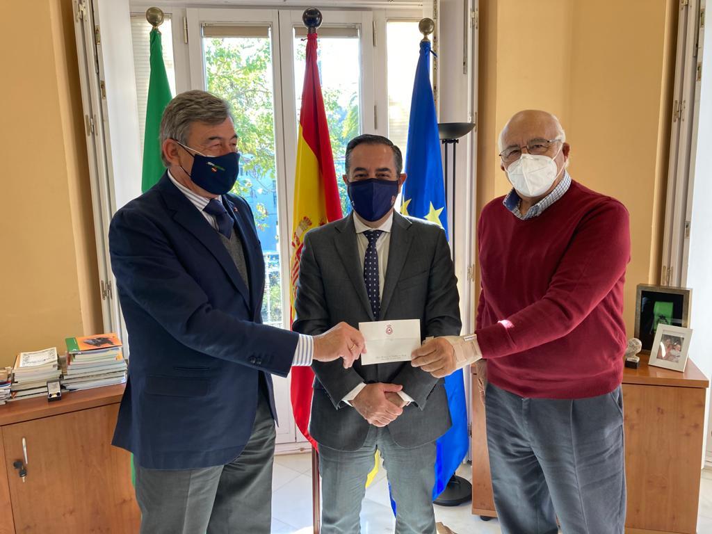 La Maestranza dona 6.000 euros a las escuelas taurinas andaluzas