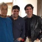 Riverita, en una imagen reciente junto a sus sobrinos Francisco y Cayetano.