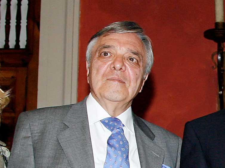 Muere el periodista Antonio Petit Caro