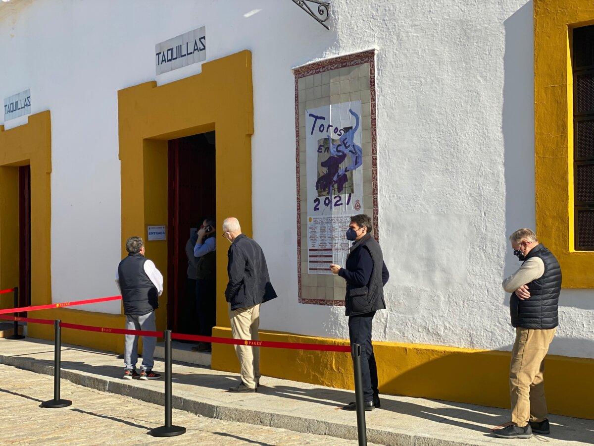 Sevilla, Abril será en septiembre