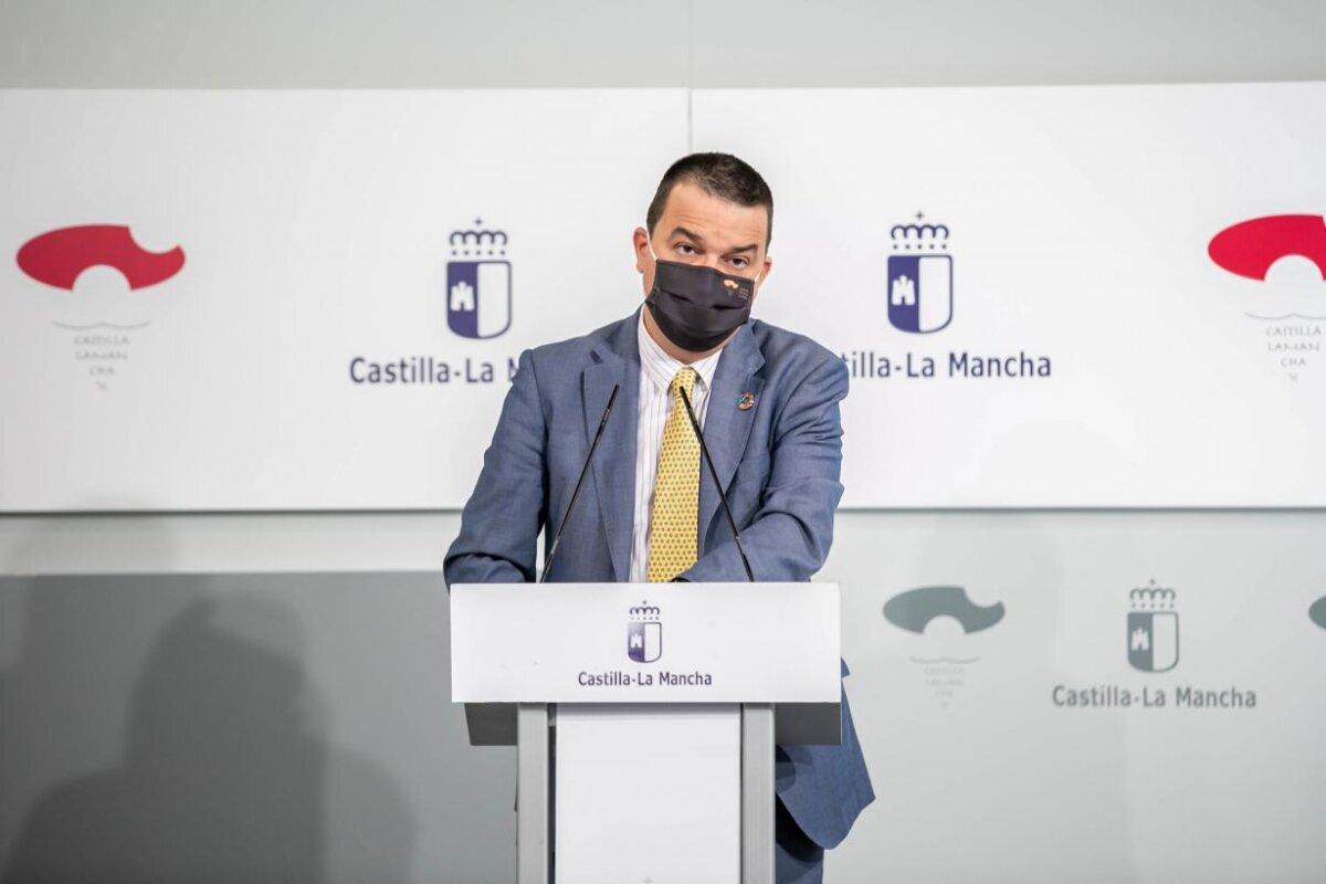 Castilla-La Mancha aprueba una línea de ayuda al vacuno extensivo que incluye a los ganaderos de bravo