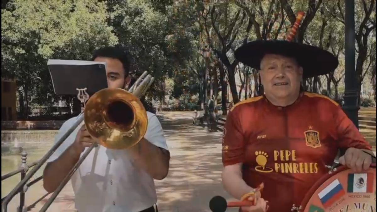 """La FIT elige a """"Manolo el del bombo"""" para promocionar la feria de Badajoz"""