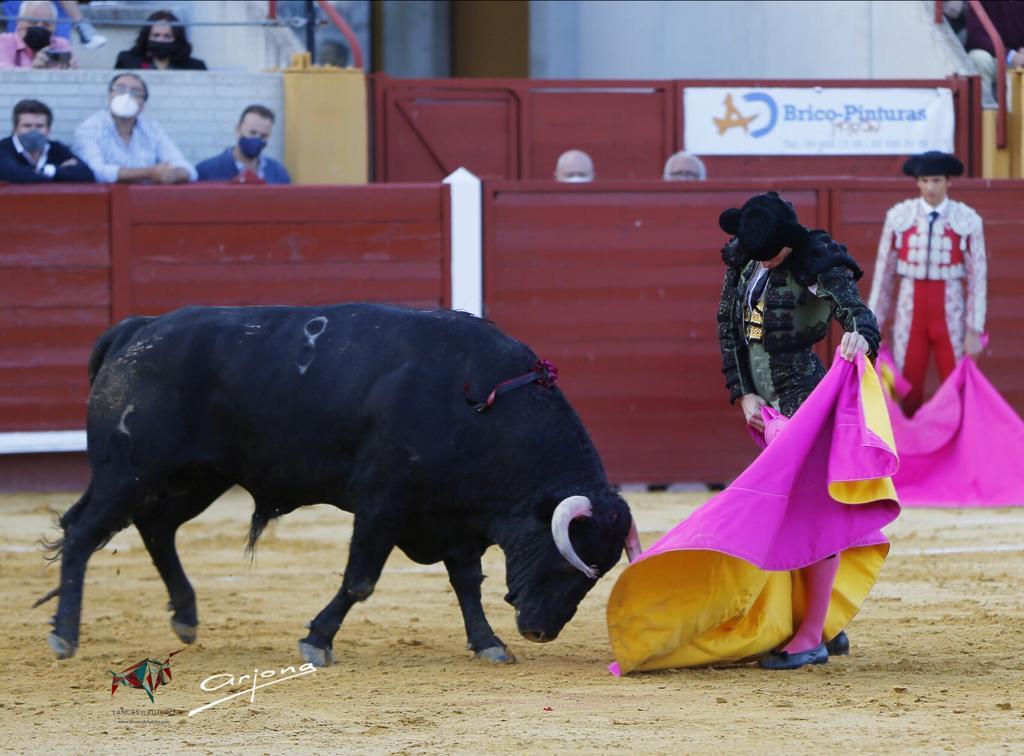 Juan Ortega, única oreja en tarde de fracaso ganadero
