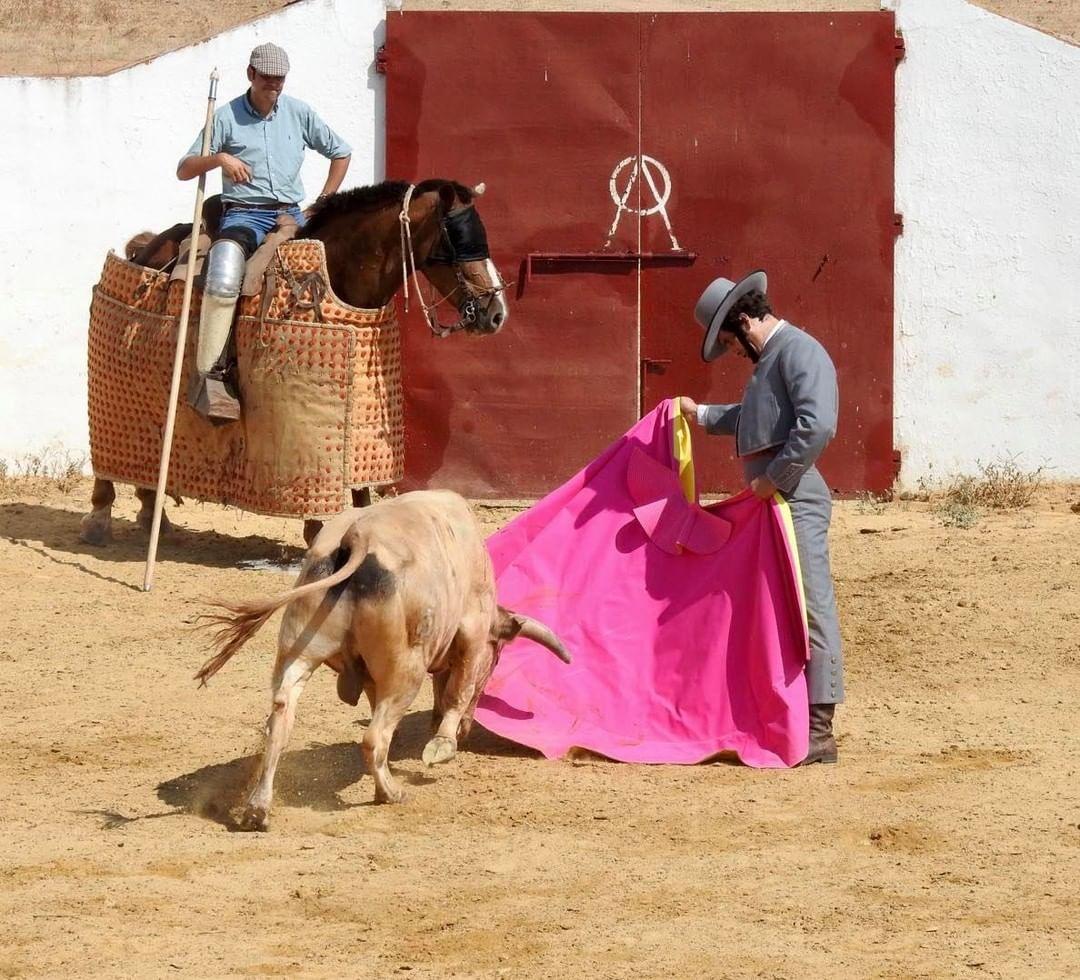 Morante prepara en Prieto de la Cal su cita para El Puerto