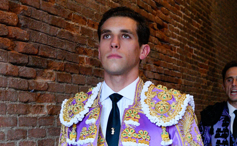 Ginés Marín, apoderado por Curro Vázquez