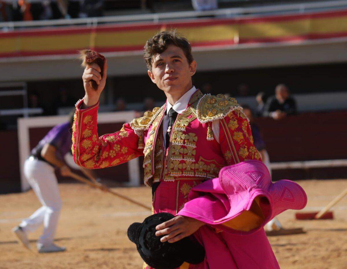 Jorge Martínez destaca en la matinal de Istres