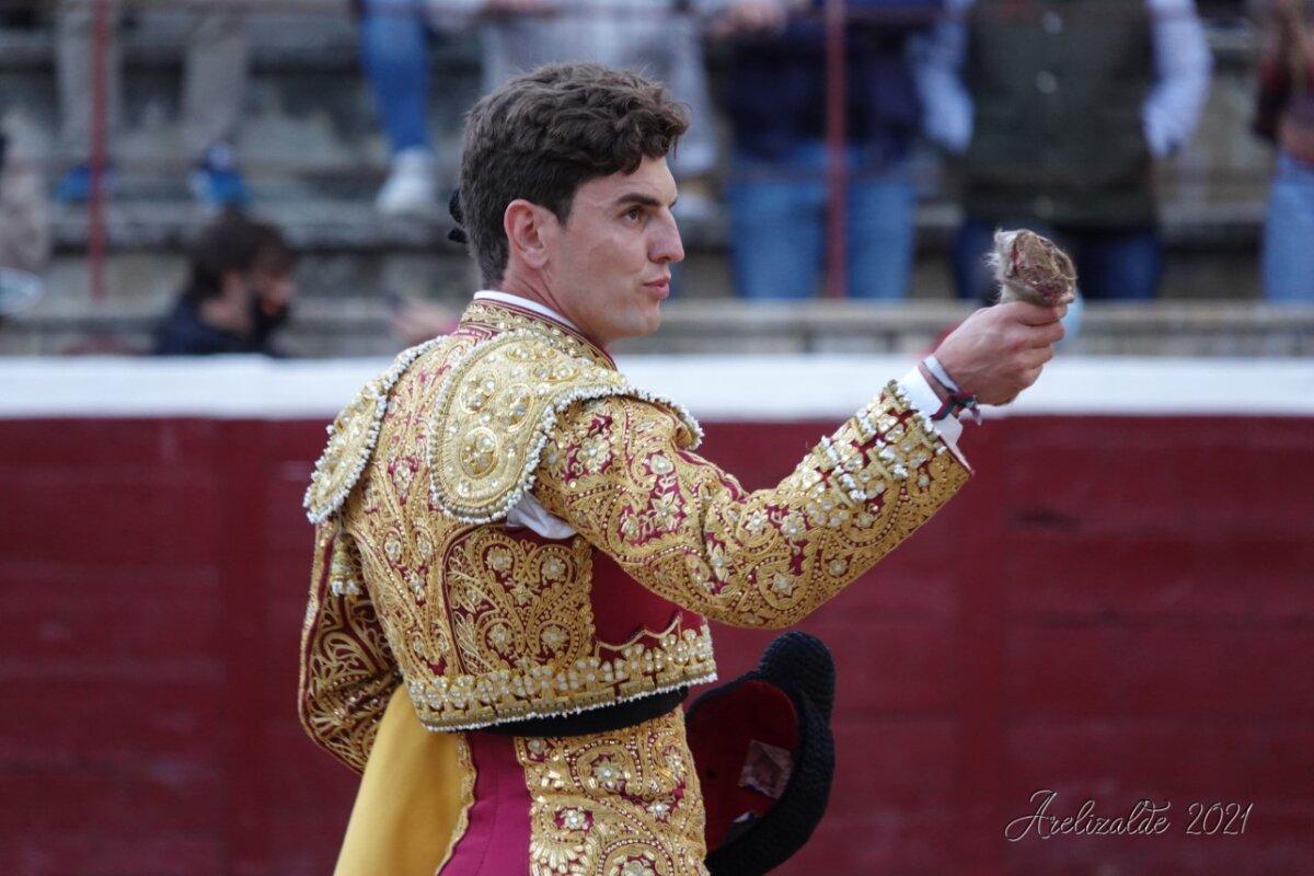 Solitaria oreja para Orozco con una deslucida corrida de Prieto de la Cal en Tafalla